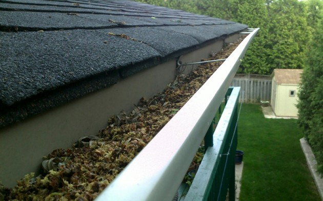 Eavestrough Cleaning - Griffon Home Improvements